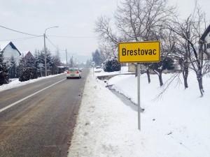 BRESTOVAC tabla sa natpisom mjesta, zima
