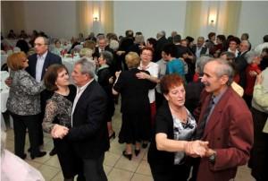 Umirovljenici udruga ples 2014