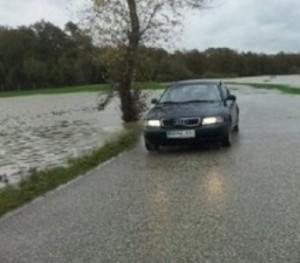 poplavljena cesta 2