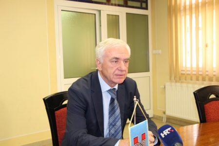 """Bernardić iznošenjem neistina obmanjuje javnost: """"Umjesto rasprave o činjenicama koje su dobro poznate on iznosi potpune izmišljotine"""""""